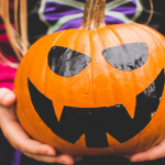 10 Awesome DIY Halloween Decorations to Greet Visitors